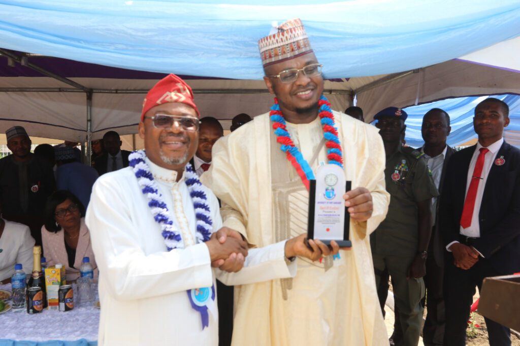 Award to Dr.Pantami, the Minister of Communication and Digital by Prof N.E.S Lale at the commissioning ceremony of CITE's well equipped buiilding on December 17, 2019
